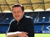 Руководство «Гамбурга», после вылета из бундеслиги, подписало новый контракт главным тренером