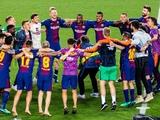 Руководство «Барселоны» сделало своим игрокам чемпионский коридор (ВИДЕО)