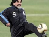 Не шутка. Марадона может снова стать футболистом