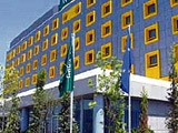 В Греции сборная Украины будет жить в сине-желтой гостинице