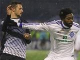 Шкаф и фигура киевского «Динамо»
