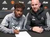 Рекордсмен «Манчестер Юнайтед» подписал первый профессиональный контракт