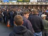 Болельщики штурмуют кассы «Олимпийского» (ФОТО)