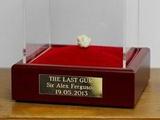 «Последнюю жвачку» Фергюсона продали за 390 тыс фунтов