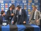 Балотелли «взорвал» пресс-конференцию «Интера» (ВИДЕО)