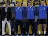 СМИ: тренерскому штабу сборной Украины уже три месяца не выплачивают зарплату