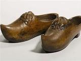 Немцы компенсируют Роналду украденные бутсы баварской народной обувью