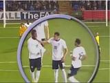 Игроки английской «молодежки» потолкались во время матча. ВИДЕО