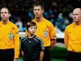 Немецкие футбольные арбитры будут получать в полиции разрешение на работу