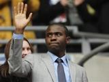«Болтон» готов предложить Муамбе должность в структуре клуба