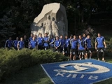 «Сток Сити» сфотографировался у памятника футболистам «Динамо»