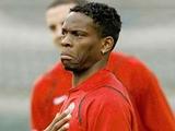 Луи Саа: «Не стоит удивляться, что некоторые футболисты предпочитают девушек по вызову»