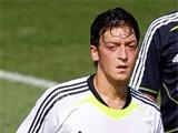 Официально. Эзил перешел из «Реала» в «Арсенал»