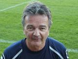 В Англии 60-летний тренер заявит себя в качестве игрока