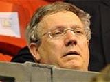 Президент «Фенербахче» арестован по подозрению в организации договорных матчей