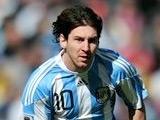 Марадона: «Никто не может указать Месси, где ему играть»