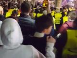 Испанская полиция избивала фанатов «Челси» резиновыми дубинками (ВИДЕО)