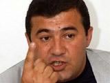 "Президент ФФА грозит размозжить голову президента ""Арарата"" об асфальт"