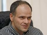 Олег Блохин смотрит матч Молдавия – Украина