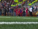 В Киеве открыт первый в Украине детский профессиональный стадион. С травой в 1,7 раза дешевле, чем в ФФУ (ВИДЕО)