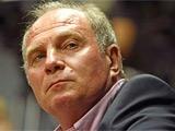 Хенесс сохранил пост президента «Баварии», несмотря на уголовное преследование