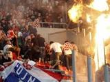 На футбольном матче Греция — Хорватия произошли беспорядки