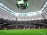 К матчу Польша — Украина в Варшаве постелили новый газон