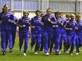 Сборная Украины провела в Англии первые тренировки