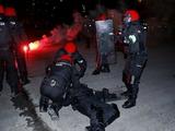 В стычке фанатов перед матчем «Атлетик» — «Спартак» умер полицейский