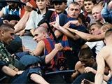Фанаты ЦСКА и «Спартака» устроили массовую драку