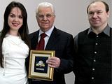 Президенту Украины вручили звезду «Патриот футбола»