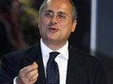 Игроков «Ромы» мотивирует портрет президента «Лацио»