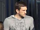 Попов повредил колено, играя в теннисбол