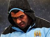 «Манчестер Сити» отложил продление контрактов с Тевесом, Бэрри и Лескоттом