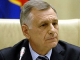 Анатолий ПОПОВ: «Желательно сохранить в Премьер-лиге 16 клубов, но это будет трудно»