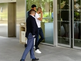 Джанлуиджи Буффон прибыл для подписания контракта в Париж (ФОТО)