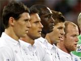 Болельщик, проникший в раздевалку сборной Англии, сказал игрокам: «Вы — позорище»