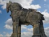 Блог на Dynamo.kiev.ua: «Бойтесь данайцев, дары приносящих», или «наши люди» в «Шахтере» не играют!