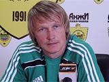Андрей Гусин не будет играющим тренером «Анжи»