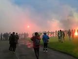 Кубковый матч «Прикарпатье» — «Карпаты» сопровождался массовыми беспорядками (ВИДЕО)