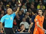 ФИФА оштрафовала Испанию и Голландию за недисциплинированный финал