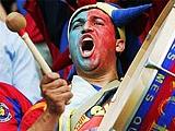 В Англии намерены запретить оскорбительные песни на стадионах