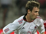 «Милан» попробует удержать Кассано
