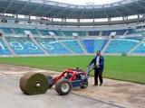 На новом одесском стадионе уложен травяной газон