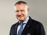 Григорий Суркис поздравил Анатолия Попова с 70-летием