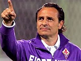 «Фиорентина» не отпустит своего главного тренера в сборную Италии