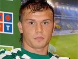 Агент Измайлова опроверг информацию об уходе футболиста из «Спортинга»