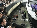 Фанат «Ботафого» упал с трибуны, пытаясь сделать селфи