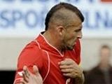 Футболиста изгнали из сборной Мальты за отказ перекрасить волосы