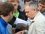 Игорь СУРКИС: «Я и сейчас уверен, что Газзаев сделал бы команду, как сделал ЦСКА, выигравший Кубок УЕФА»